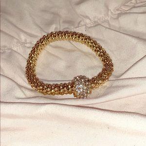 💛 NWOT Gold Bracelet with Silver Detailing 💛